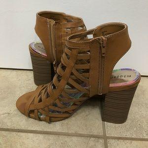 Shoes - Brown Chunk Heel